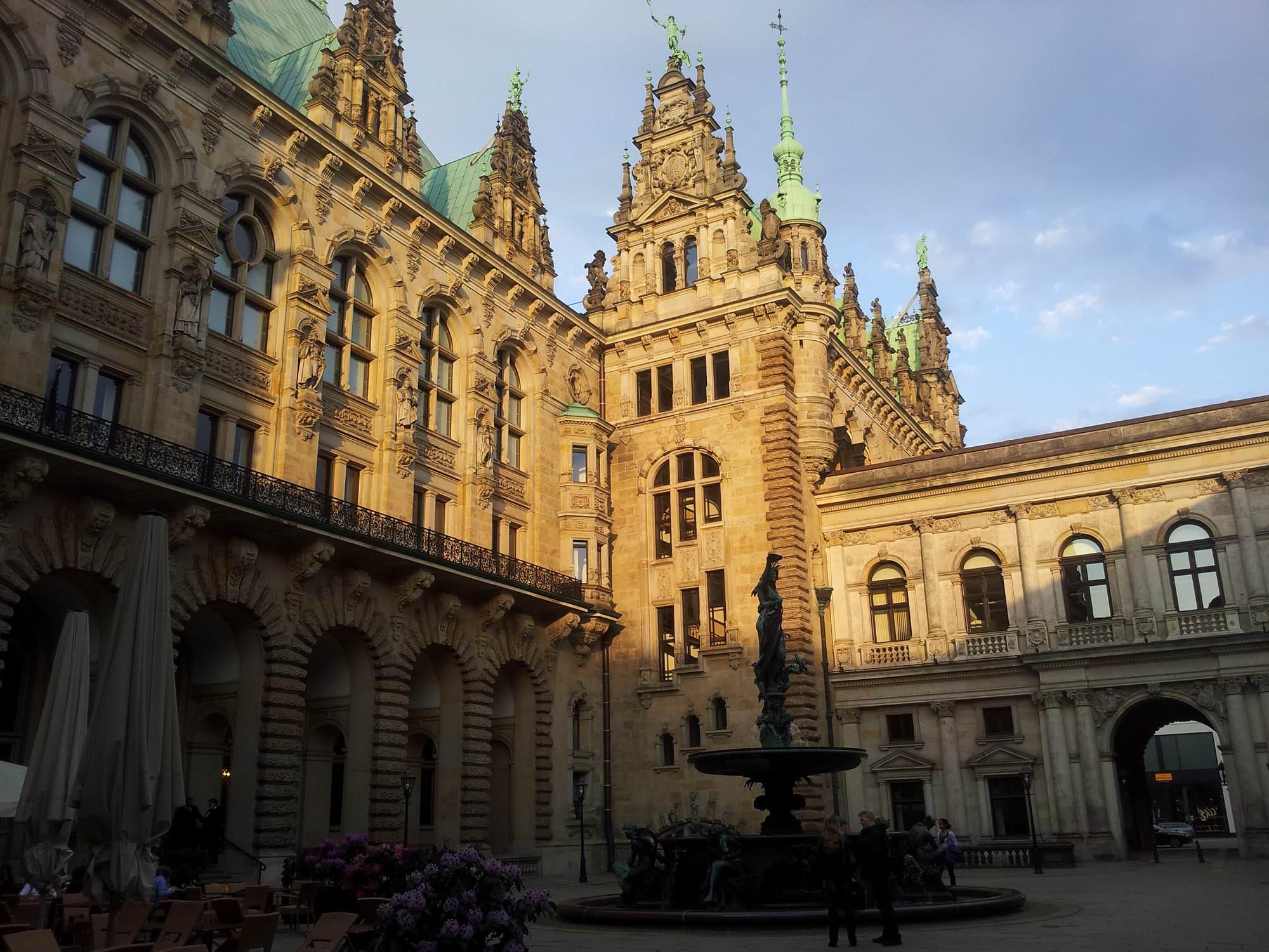 Pátio interno da prefeitura